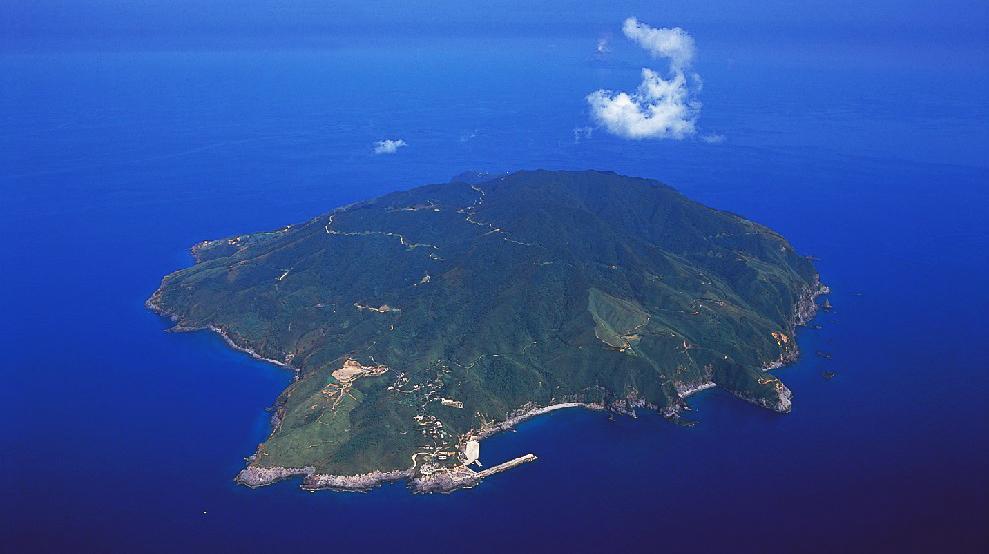 焼酎プロジェクトが始まった三島村・黒島