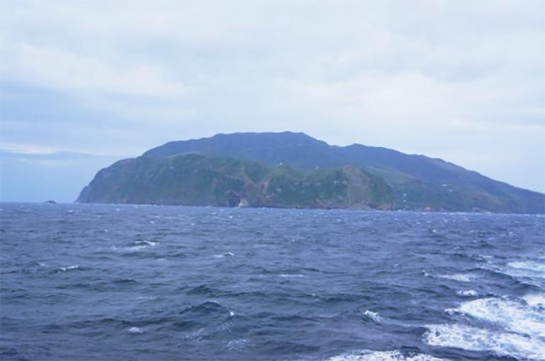黒島は黒葉島